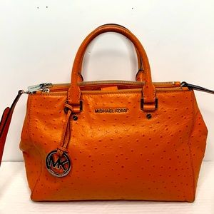 Michael Kors Bedford Ostrich Embossed leather